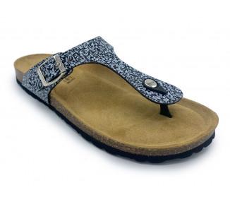 Sandalia de pala marrón dos hebillas